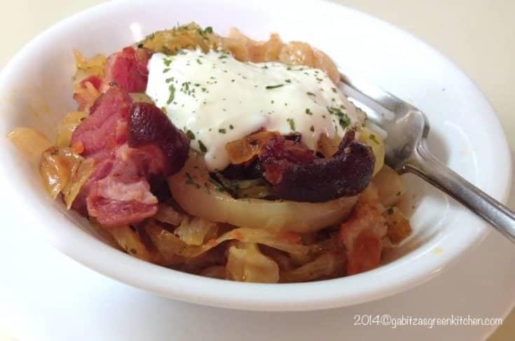 Mancare de Varza Murata cu Bacon si Smantana