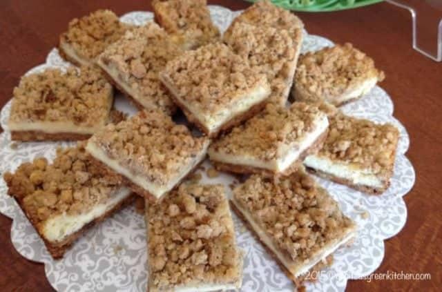 Prajiturele Americane Cheesecake cu Nuci Pecan