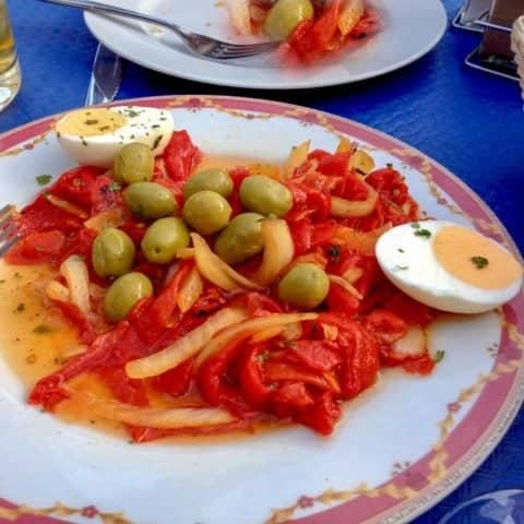 Salata De Ardei Copti Cu Masline Din Bucataria Spaniola3