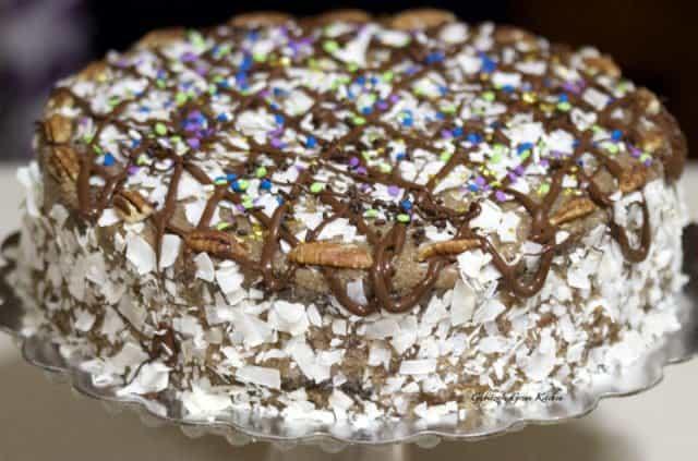 German's Chocolate Cake- Tort De Ciocolata Cu Cocos Si Nuci Pecan